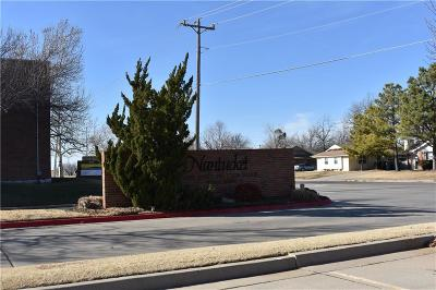 Oklahoma City Condo/Townhouse For Sale: 3200 W Britton #276