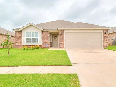 Moore OK Single Family Home For Sale: $149,900