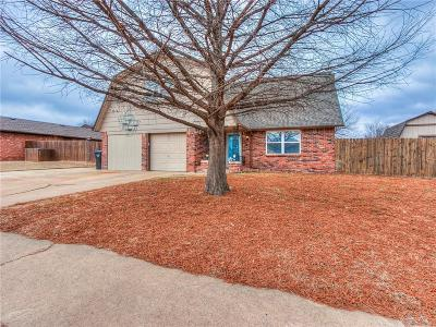 Moore OK Single Family Home For Sale: $130,000