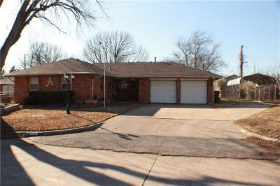 Midwest City Single Family Home For Sale: 413 Davis Cir Circle