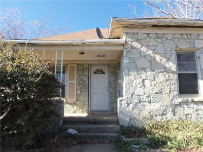 Single Family Home For Sale: 701 N Choctaw