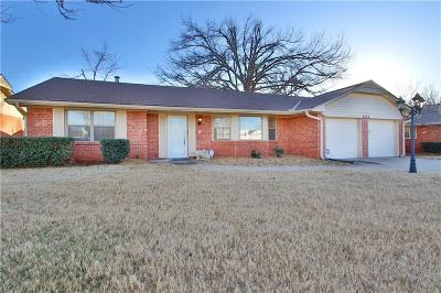Oklahoma City Single Family Home For Sale: 2828 Huntleigh Drive