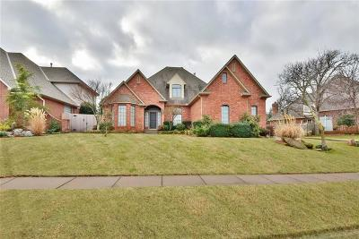 Edmond Single Family Home For Sale: 908 Olde Waterfront