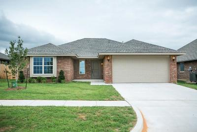 Midwest City Single Family Home For Sale: 2325 Snapper Lane