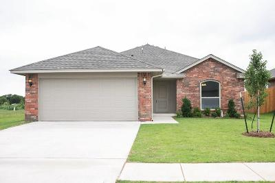 Midwest City Single Family Home For Sale: 2408 Snapper Lane