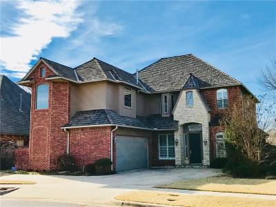 Norman Single Family Home For Sale: 220 Olde Brook Court