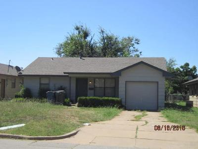 Single Family Home For Sale: 806 W 1st