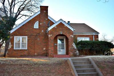 Chickasha Single Family Home For Sale: 802 S 14th Street