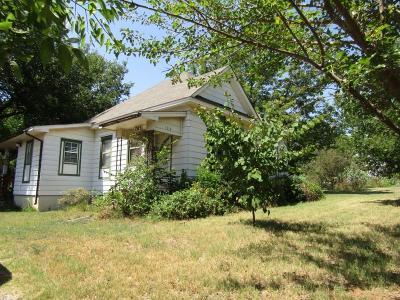 Chickasha Single Family Home For Sale: 1315 W Oregon