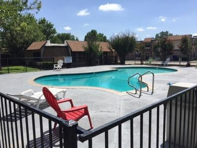 Norman Condo/Townhouse For Sale: 401 12th Ave #272 #272