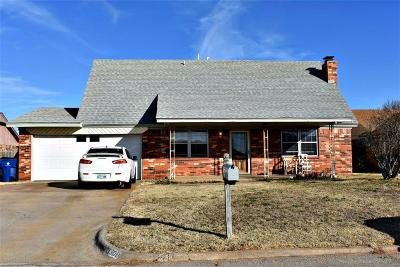 Chickasha OK Single Family Home For Sale: $107,000