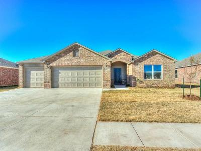 Mustang Single Family Home For Sale: 4729 Fieldstone Drive