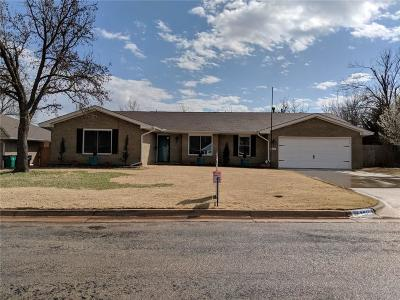 Oklahoma County Single Family Home For Sale: 2316 NW 119th Terrace