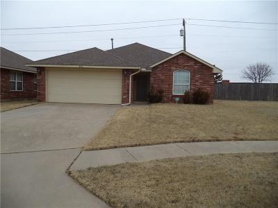 Moore OK Rental For Rent: $1,000