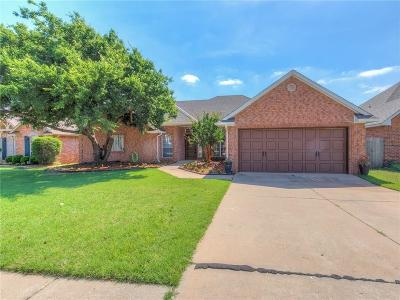 Edmond Single Family Home For Sale: 15708 Summit Parke Drive