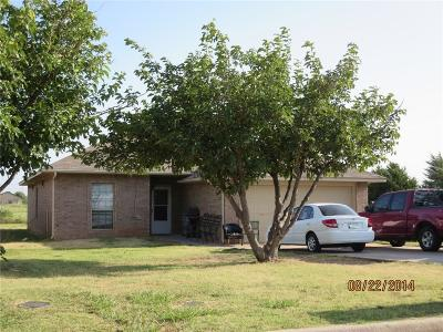 Attached Sold: 501 NW 111