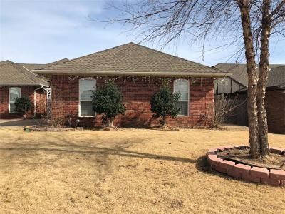 Oklahoma City Single Family Home For Sale: 10108 Kingsgate Drive