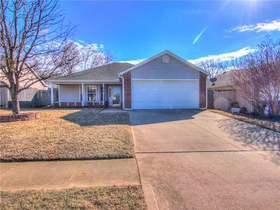 Norman Single Family Home For Sale: 1020 Cedarcrest Street
