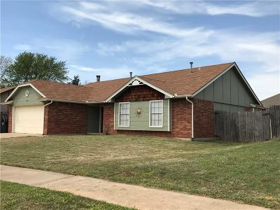 Moore Single Family Home For Sale: 1613 NE 8th