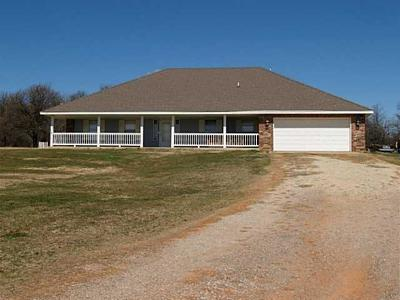 Lincoln County Single Family Home For Sale: 26285 E Kay Drive