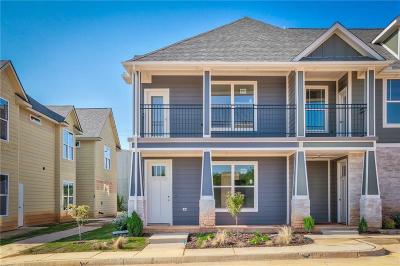 Edmond Single Family Home For Sale: 16116 N Western Avenue #7