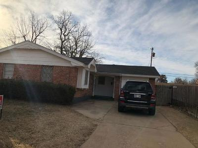 Single Family Home For Sale: 3332 Greenbrier Terrace
