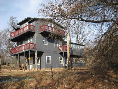 Lexington Single Family Home For Sale: 19701 Cherokee Way