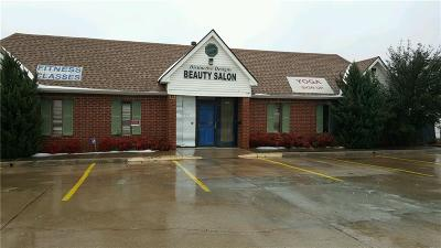 Oklahoma City Commercial For Sale: 2820 Linda