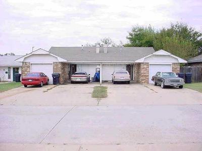 Oklahoma City Multi Family Home For Sale: 1913 N Moulton Court