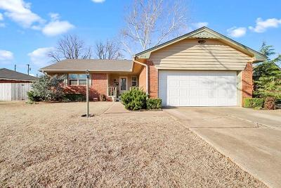 Oklahoma City OK Single Family Home For Sale: $159,900