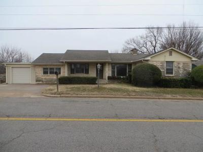 Chickasha Single Family Home For Sale: 3409 S 4th Street