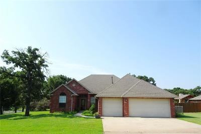 Blanchard Single Family Home For Sale: 426 Persimmon Ridge