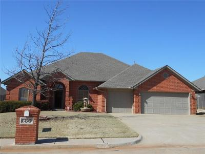 Midwest City Single Family Home For Sale: 680 Crescent Circle