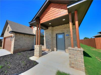 Shawnee Single Family Home For Sale: 4305 Hyatt