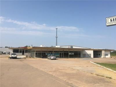 Commercial For Sale: 1515 E Main Street