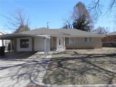 Del City Single Family Home For Sale: 4776 Crest Place