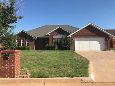 Single Family Home Sold: 2820 N Towne Drive