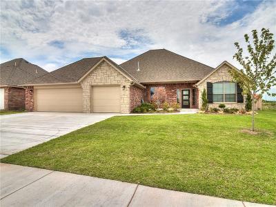 Single Family Home For Sale: 4001 Carmona Lakes Drive