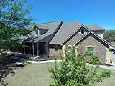 Blanchard Single Family Home For Sale: 952 County Street 2989