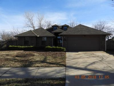 Canadian County, Oklahoma County Single Family Home For Sale: 5824 SE 81st Street