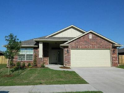 Oklahoma City Multi Family Home For Sale: 5621 Starling