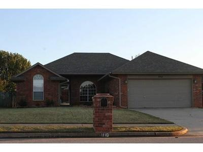 Edmond Rental For Rent: 1110 Dustin Drive