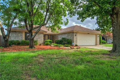 Oklahoma City Single Family Home For Sale: 5200 SE 58th Place