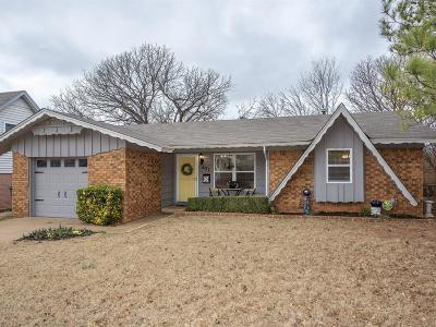 Edmond Single Family Home For Sale: 637 Reynolds Road