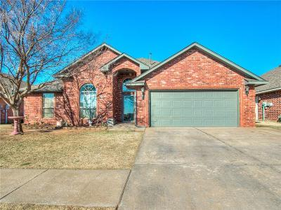 Yukon Single Family Home For Sale: 621 Regiment Way