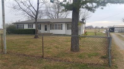 McClain County Single Family Home For Sale: 16635 Us Highway 77