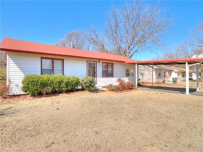 Midwest City Single Family Home For Sale: 3409 Brookside Drive