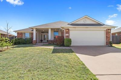 Edmond Single Family Home For Sale: 18024 Barracho Drive