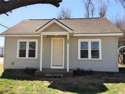 Single Family Home Sold: 509 E Jefferson