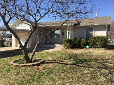 Oklahoma City Single Family Home For Sale: 1301 SE 41st Street